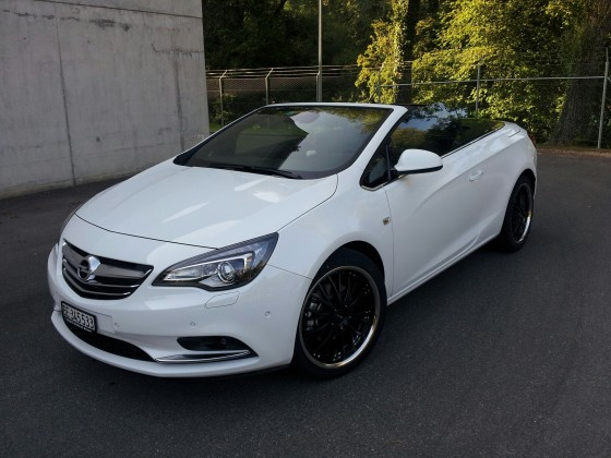 Opel Cascada 1.6 l Turbo mit 245/40 20 Zoll